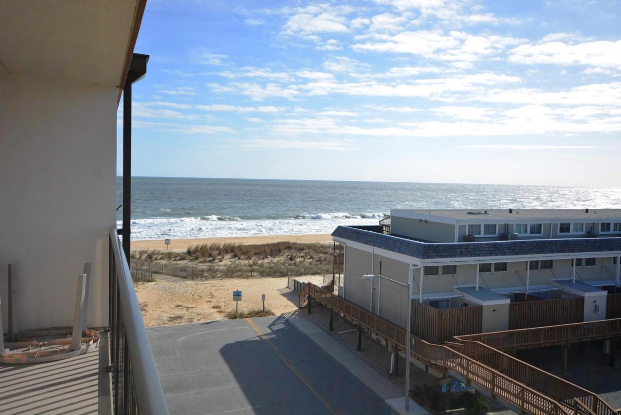 spinnaker 56 ocean city rentals vacation rentals in. Black Bedroom Furniture Sets. Home Design Ideas