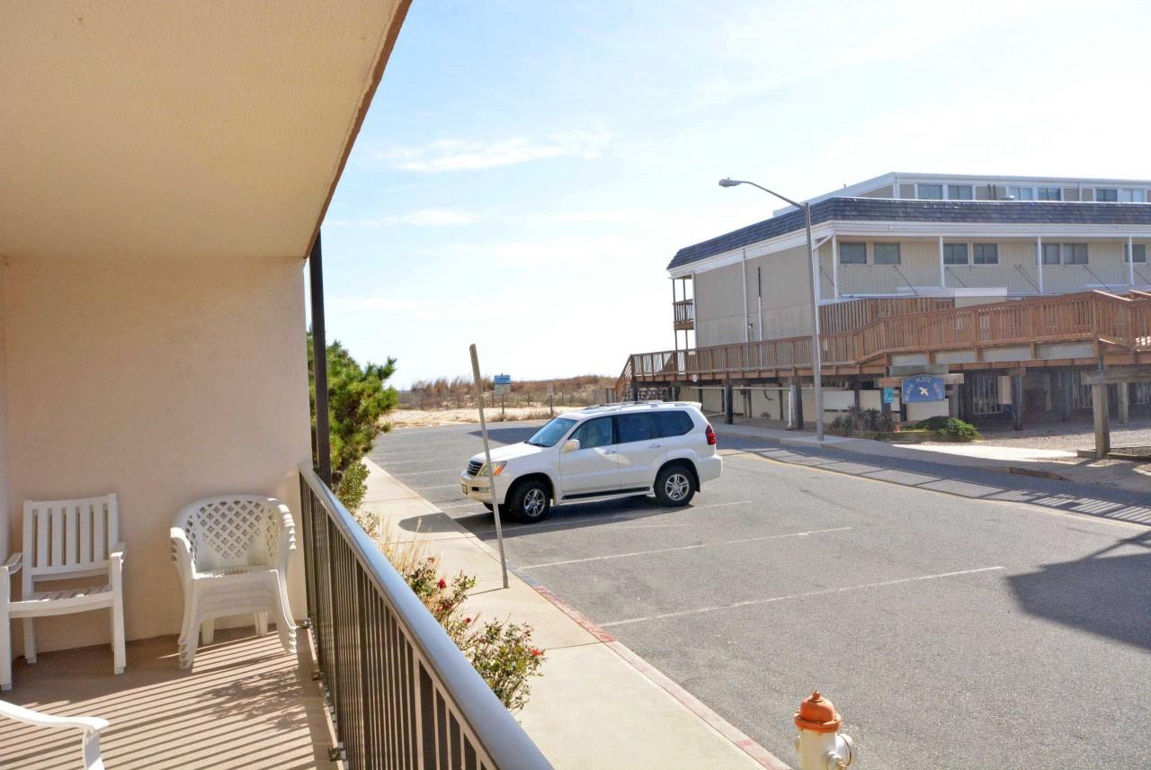 spinnaker 16 ocean city rentals vacation rentals in. Black Bedroom Furniture Sets. Home Design Ideas